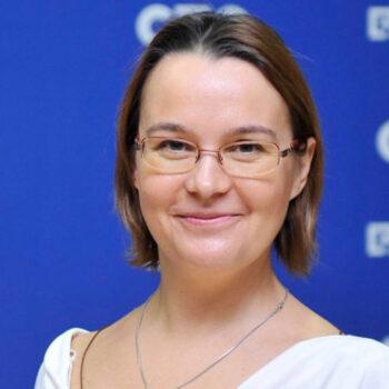 Agnieszka Klucznik-Tӧrő